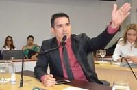 Após licença médica, Gerson Alves volta aos trabalhos na Câmara