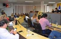 Comissão Especializada recebe personalidades femininas. O foco do debate foi o funcionamento ininterrupto da Delegacia da Mulher