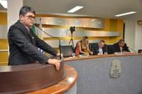 Etinho Nordeste e Gerson Alves solicitam licença. Suplentes assumem nesta quarta, 25