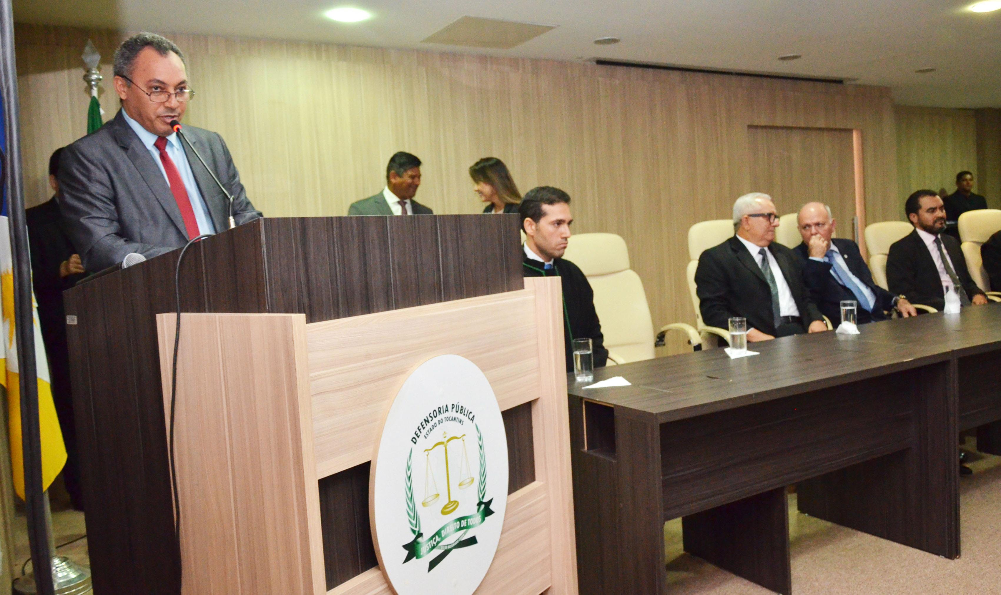 Marilon Barbosa participa de posse do defensor público-geral do Tocantins