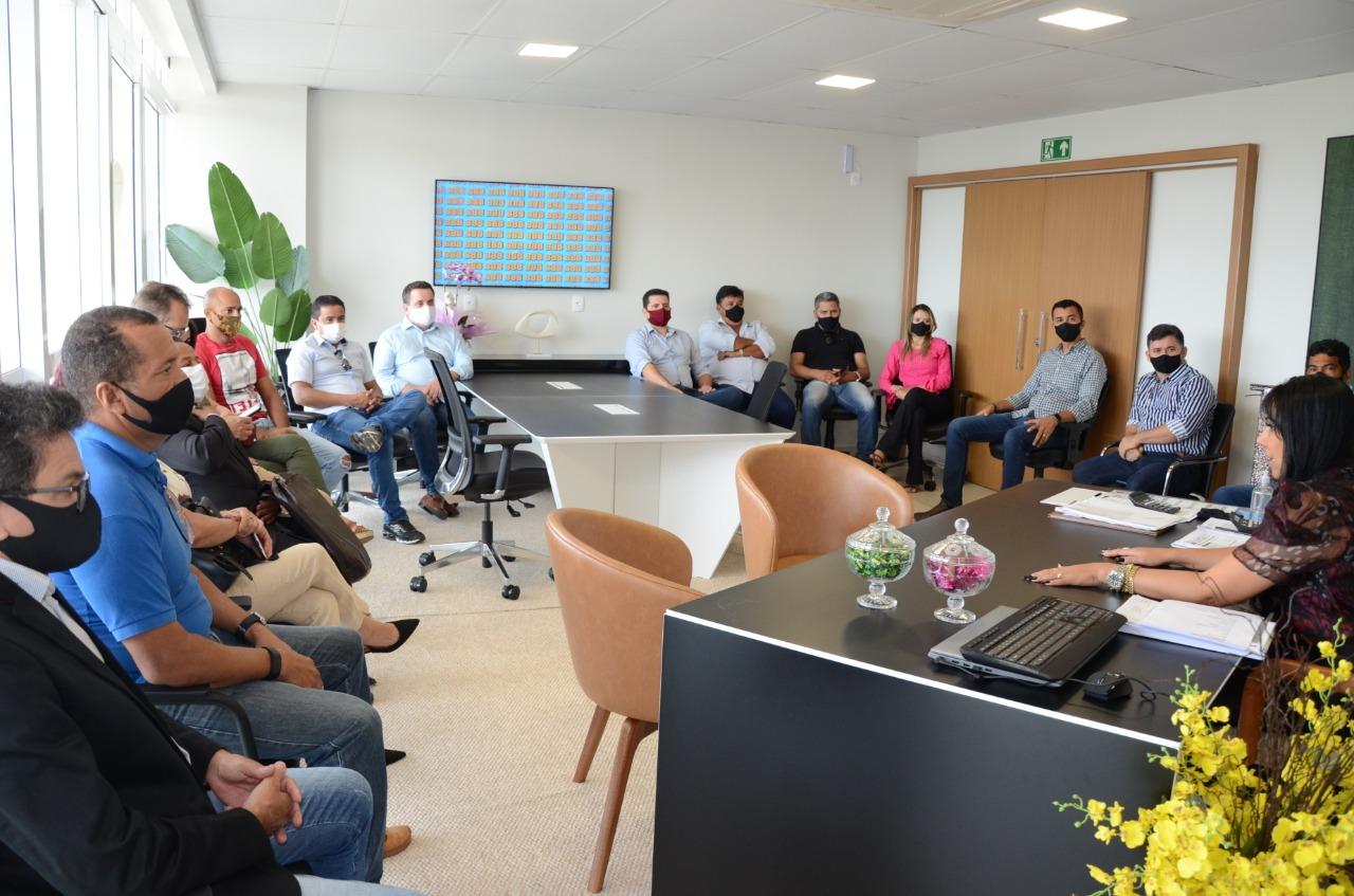 Presidente da Câmara de Palmas recebe líderes do Podemos, ressalta medidas e pede apoio em projetos