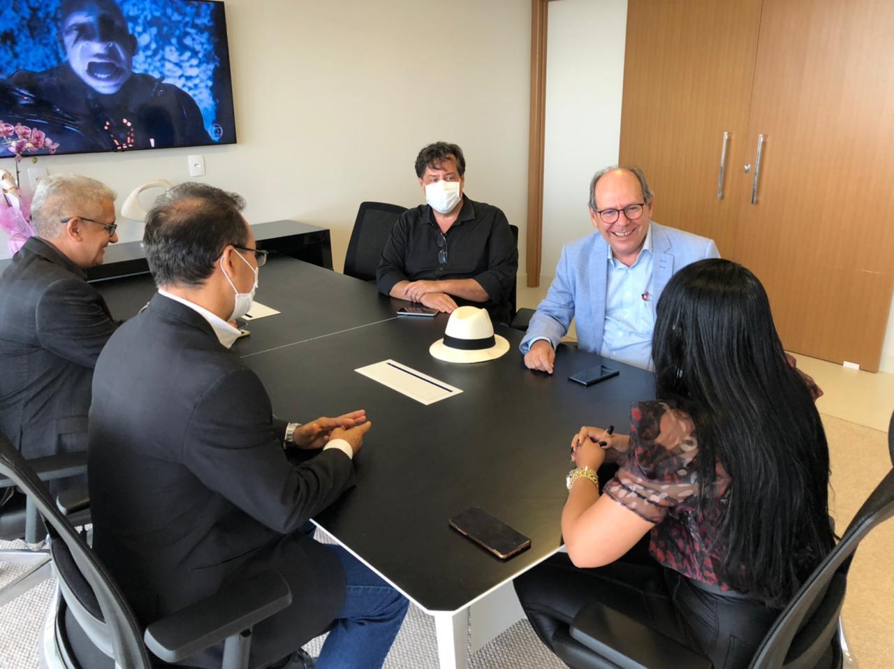 Professora Janad recebe a visita de Kátia Abreu, Ronaldo Dimas e Wagner Rodrigues na Câmara de Palmas