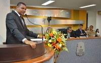 Sessão Solene homenageia os 42 anos da Igreja Universal
