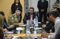 Vereadores recebem secretária Welere Gomes e pedem fiscalização no trabalho dos flanelinhas